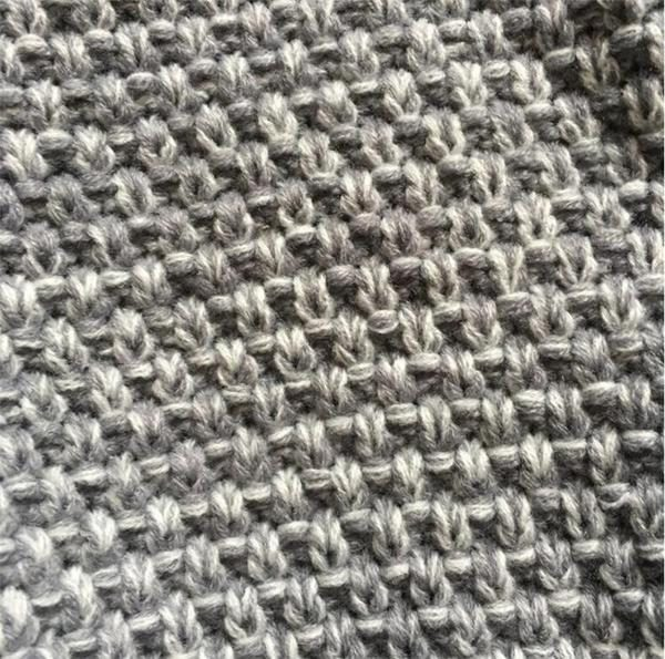 Couverture queue de sirene grise