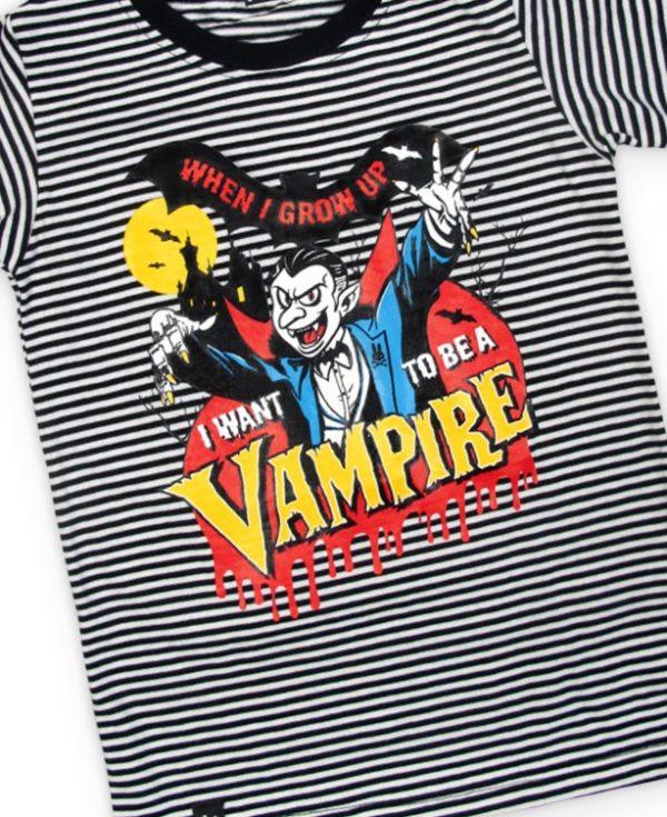 T-shirt vampire kid